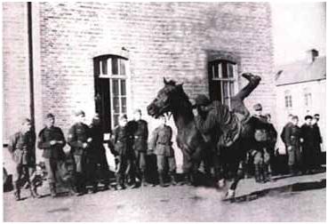 Hollanda'da Nazi-Ermeni Süvarisi